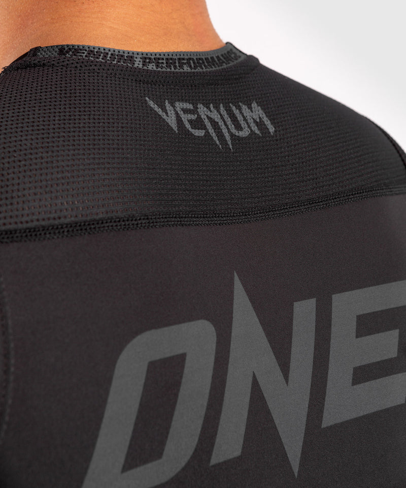 Venum ONE FC Impact Rashguard - sleeveless - Black/Black - picture 7