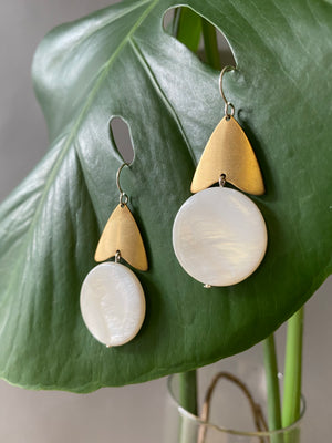 urban goddess. one pair modern brass white mother of pearl dangle earrings.