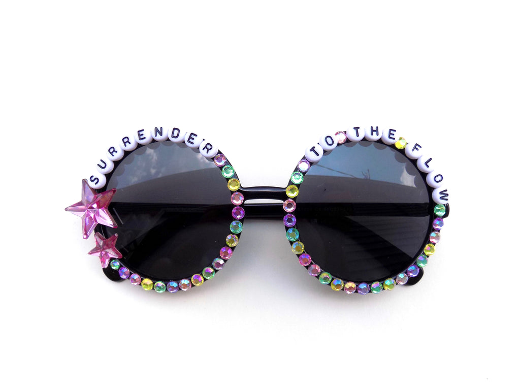 More colors! SURRENDER TO THE FLOW decorated sunnies