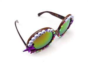 COLORS IN THE VOID decorated sunnies