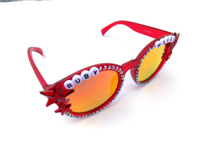 RUBY WAVES decorated sunnies