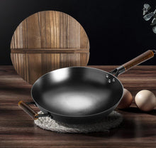 Load image into Gallery viewer, ROBAM- Gift Set: Kitchen Cleaning Set ( 4 Pieces) + Chinese Wok - ROBAM