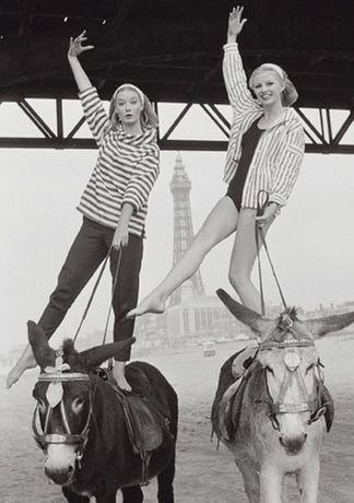 Norman Parkinson - Blackpool Beach, 1960