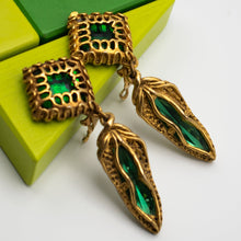 Load image into Gallery viewer, Unsigned Vintage Earrings - Rianna In Berlin