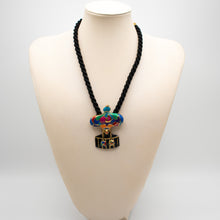 Load image into Gallery viewer, Luis Feraud Vintage Necklace - Rianna In Berlin