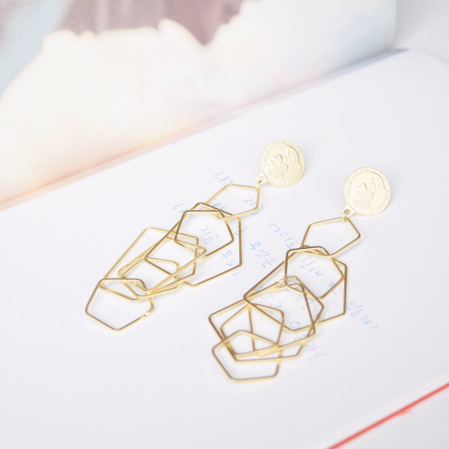 Made in Korea Earrings Korean Anting Gold Bride Bridal Dinner 925 Sterling Silver Accessory Fashion Fancy Stylish Jewellery Online Malaysia Shopping Trendy Accessories Daily Wear Jewelry Dainty Minimalist Delicate Clip On Earrings No Piercing Special Perfect Gift From Heart For Your Loved One