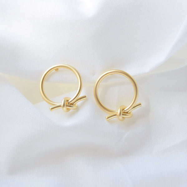 Gold Chrisse Knot Earrings