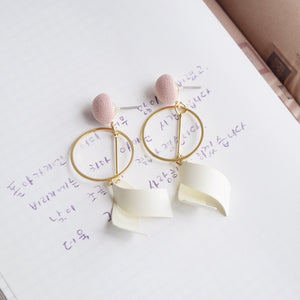 Blush Kana Earrings
