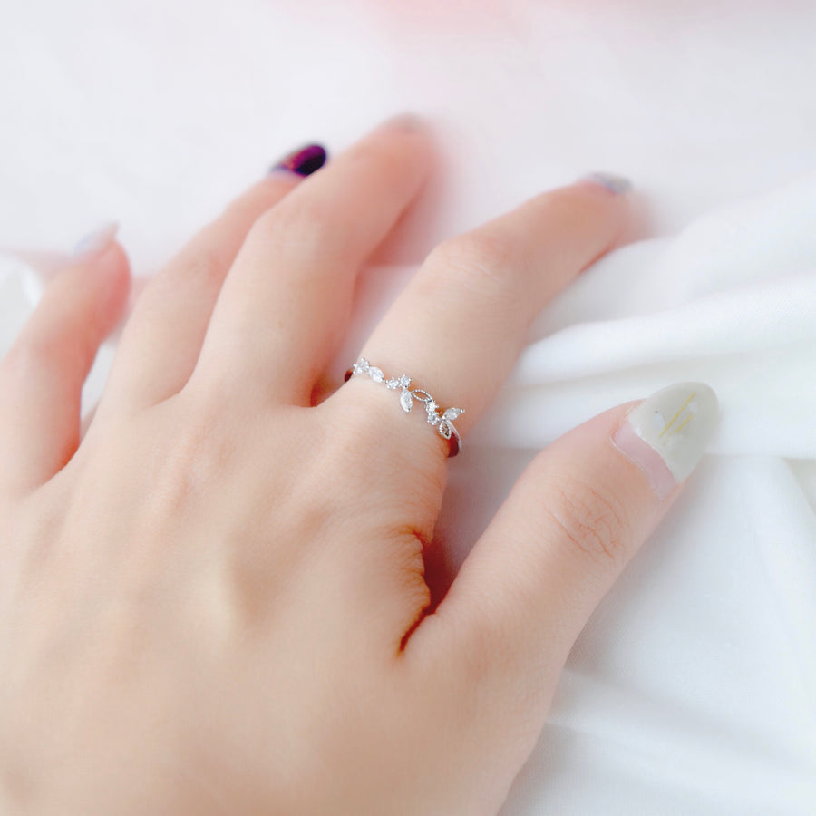 Silver Made in Korea Ring Cubic Zirconia Stone 925 Sterling Silver Rhodium Plated Bride Bridal Dinner Accessory Fashion Fancy Stylish Jewellery Online Malaysia Shopping Trendy Accessories Daily Wear Jewelry Dainty Minimalist Delicate Wear Cincin Special Perfect Gift From Heart For Your Loved One