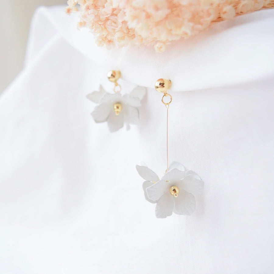Made in Korea Earrings Korean Anting Bride Bridal Dinner Titanium Accessory Fashion Fancy Stylish Costume Jewellery Online Malaysia Shopping Trendy Accessories Daily Wear Jewelry Dainty Minimalist Delicate Clip On Earrings No Piercing Special Perfect Gift From Heart For Your Loved One
