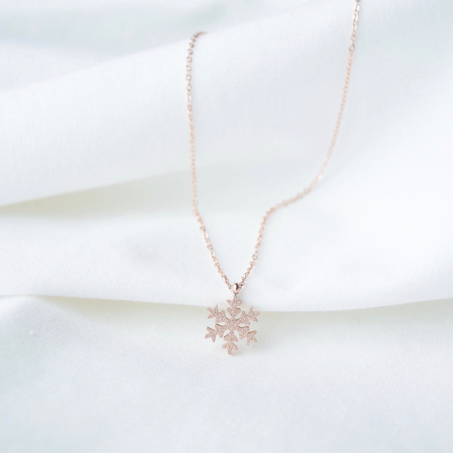 Accessory Gift for her Rose Gold Korea Made Earrings Korean Jewellery Jewelry Local Brand in Malaysia Cubic Zirconia Dainty Delicate Minimalist Jewellery Jewelry Bridal Bride Clip On Earrings 925 Sterling Silver Anting Dinner Silver Christmas Gift Set Xmas Silver snowman wreath candy cane present snowflake frost frozen necklace