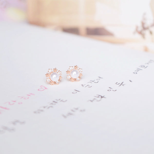 Rose Gold Pearly Snowflake Earrings