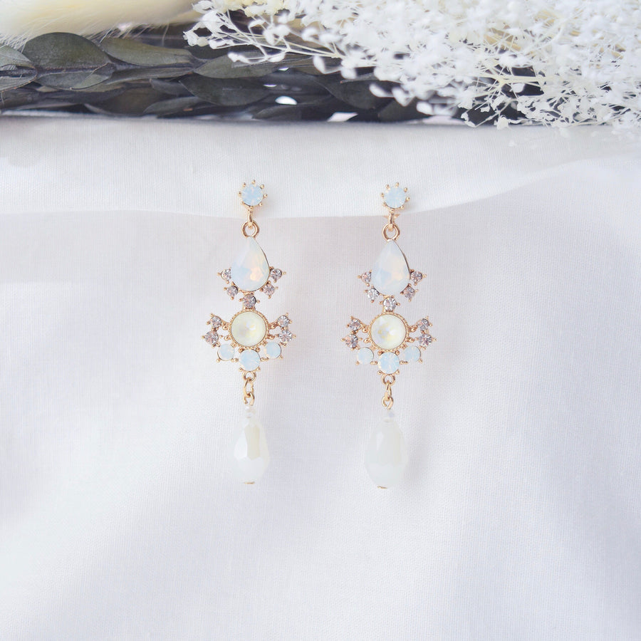 White Remember Me del Luna Earrings