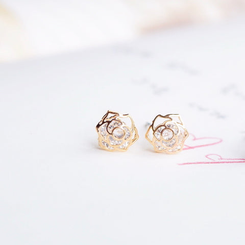 Gold Korea Made Earrings Petite Stud Cubic Zirconia Titanium Daily Wear Earrings Can Wear to Shower Earrings