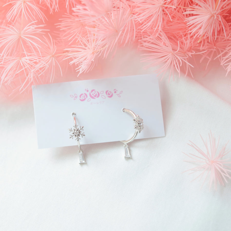 Christmas Gift Set Xmas Silver snowman wreath candy cane present snowflake frost frozen necklace Silver Korea Made Earrings Cubic Zirconia 925 Silver Daily Wear Korean Fashion Stylish Resin Clip On Earrings Gift For Bridesmaid Made in Korea Earrings Korean Cubic Zirconia Bride Bridal 925 Sterling Silver Accessory Jewellery Online Malaysia Daily Wear Jewelry Dainty Minimalist Clip On Earrings No Piercing Special Perfect Gift From Heart For Your Loved One Christmas Snowflake