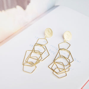 Gold Elizabeth Earrings