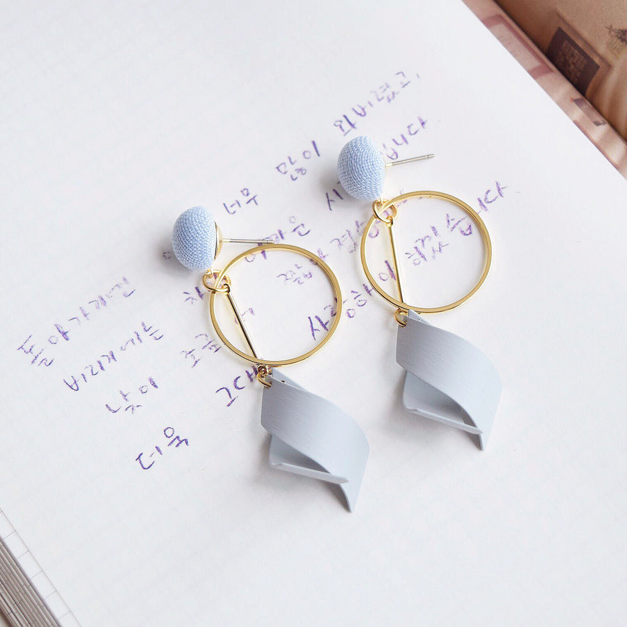Made in Korea Earrings Korean Anting Bride Bridal Dinner Titanium Accessory Fashion Fancy Stylish Jewellery Online Malaysia Shopping Trendy Accessories Daily Wear Jewelry Dainty Minimalist Delicate Clip On Earrings No Piercing Special Perfect Gift From Heart For Your Loved One