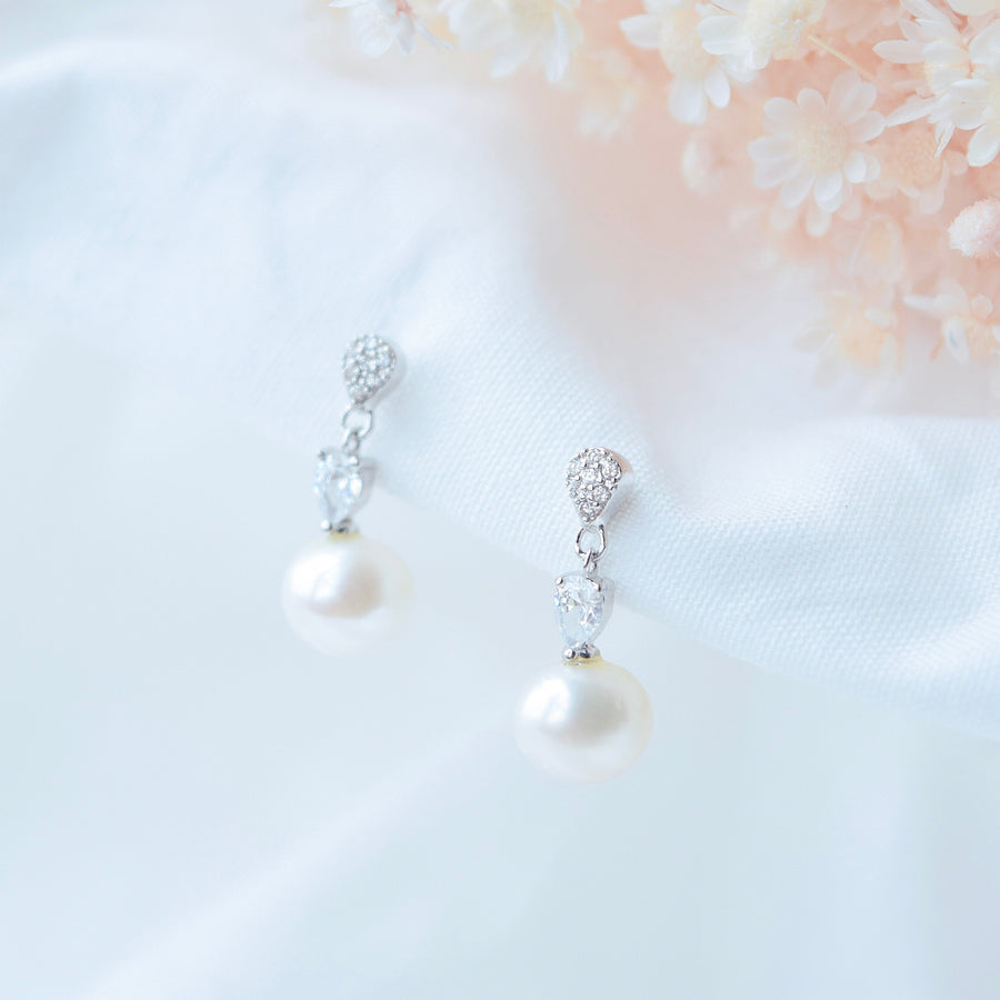 Made in Korea Earrings Korean Anting Cubic Zirconia Bride Bridal Dinner 925 Sterling Silver Accessory Fashion Fancy Stylish Pearl Jewellery Online Malaysia Shopping Trendy Accessories Daily Wear Jewelry Dainty Minimalist Delicate Clip On Earrings No Piercing Special Perfect Gift From Heart For Your Loved One