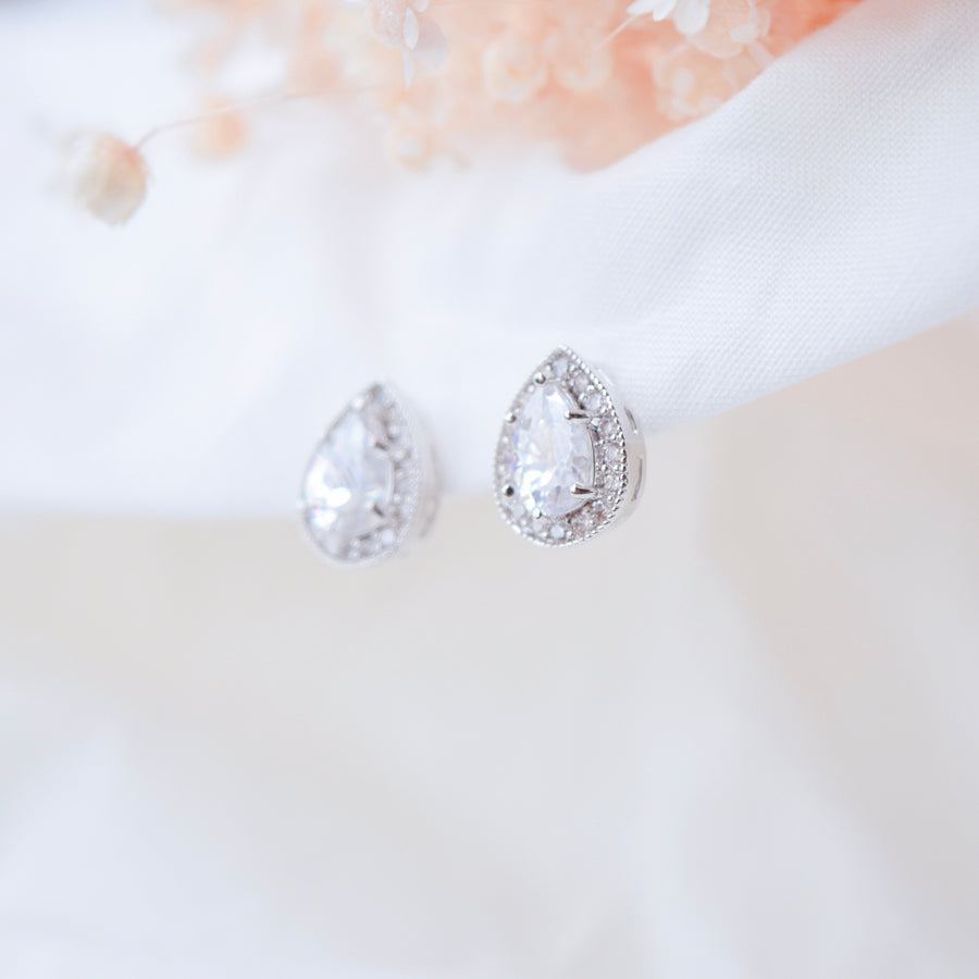 Made in Korea Earrings Korean Anting Cubic Zirconia Bride Bridal Dinner Titanium Accessory Fashion Fancy Stylish Jewellery Online Malaysia Shopping Trendy Accessories Daily Wear Jewelry Dainty Minimalist Delicate Clip On Earrings No Piercing Special Perfect Gift From Heart For Your Loved One