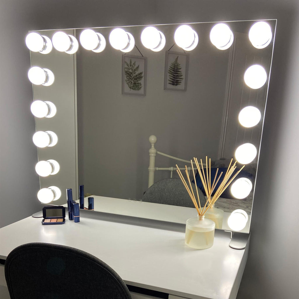 Billie Hollywood Mirror with LED Lights - 60x80cm - Glamour Mirrors