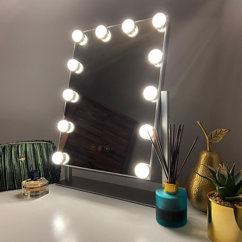 Roxy Hollywood Mirror with LED Lights - 30x41 cm - Glamour Mirrors