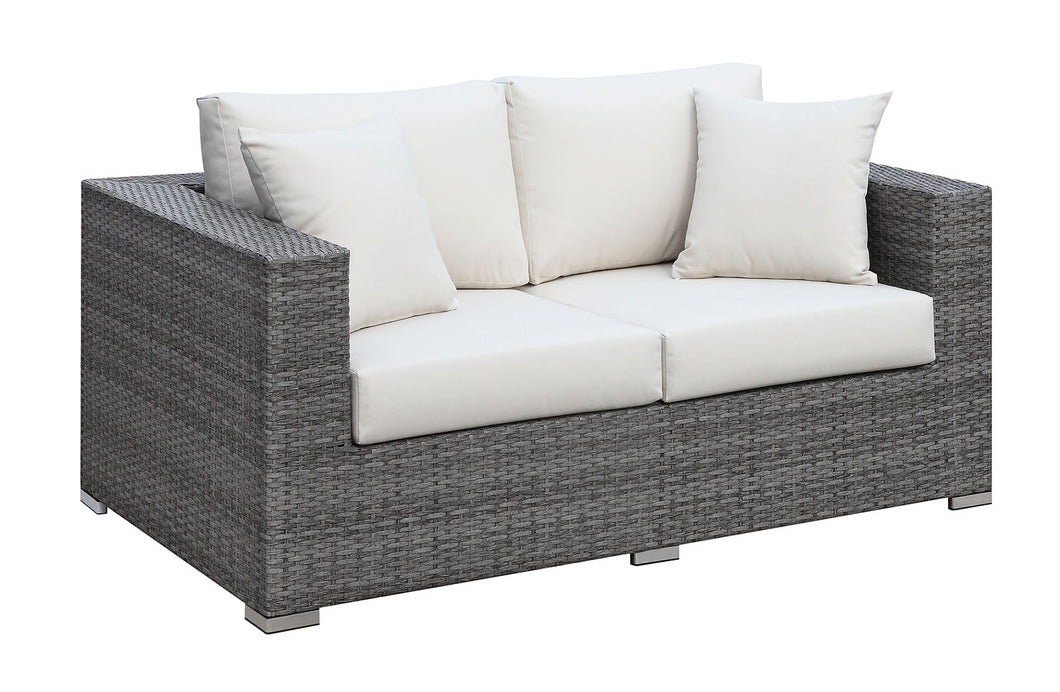 SOMANI Light Gray Wicker/Ivory Cushion Love Seat w/ 2 Pillows