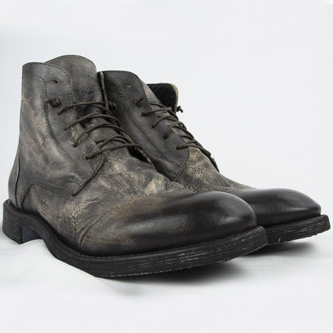 Handcrafted Boots in Real Leather