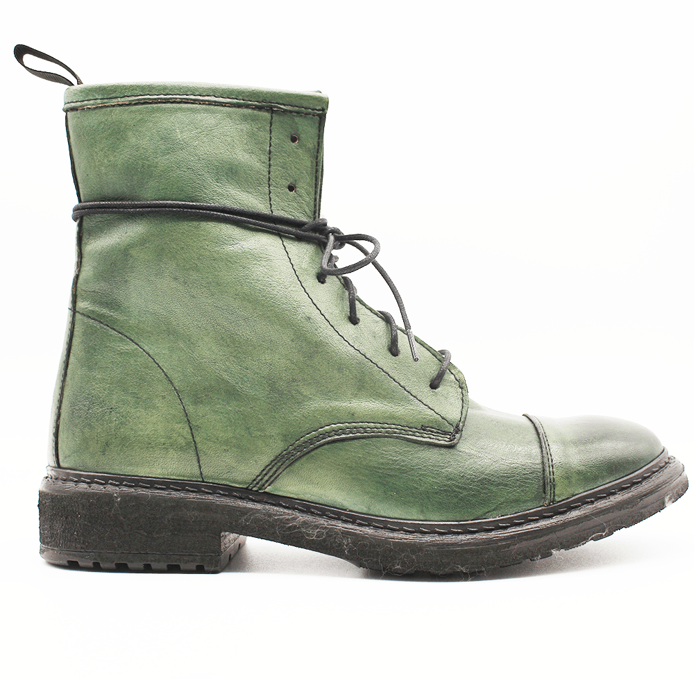 TR1005 Low Boot in washed green.
