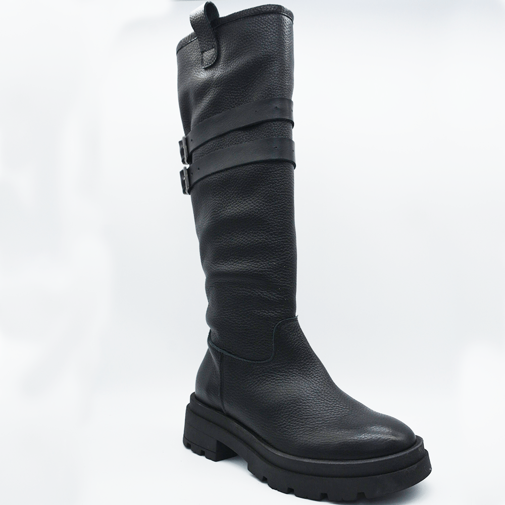 TR1020 BOOTS IN BLACK BOTTLED.