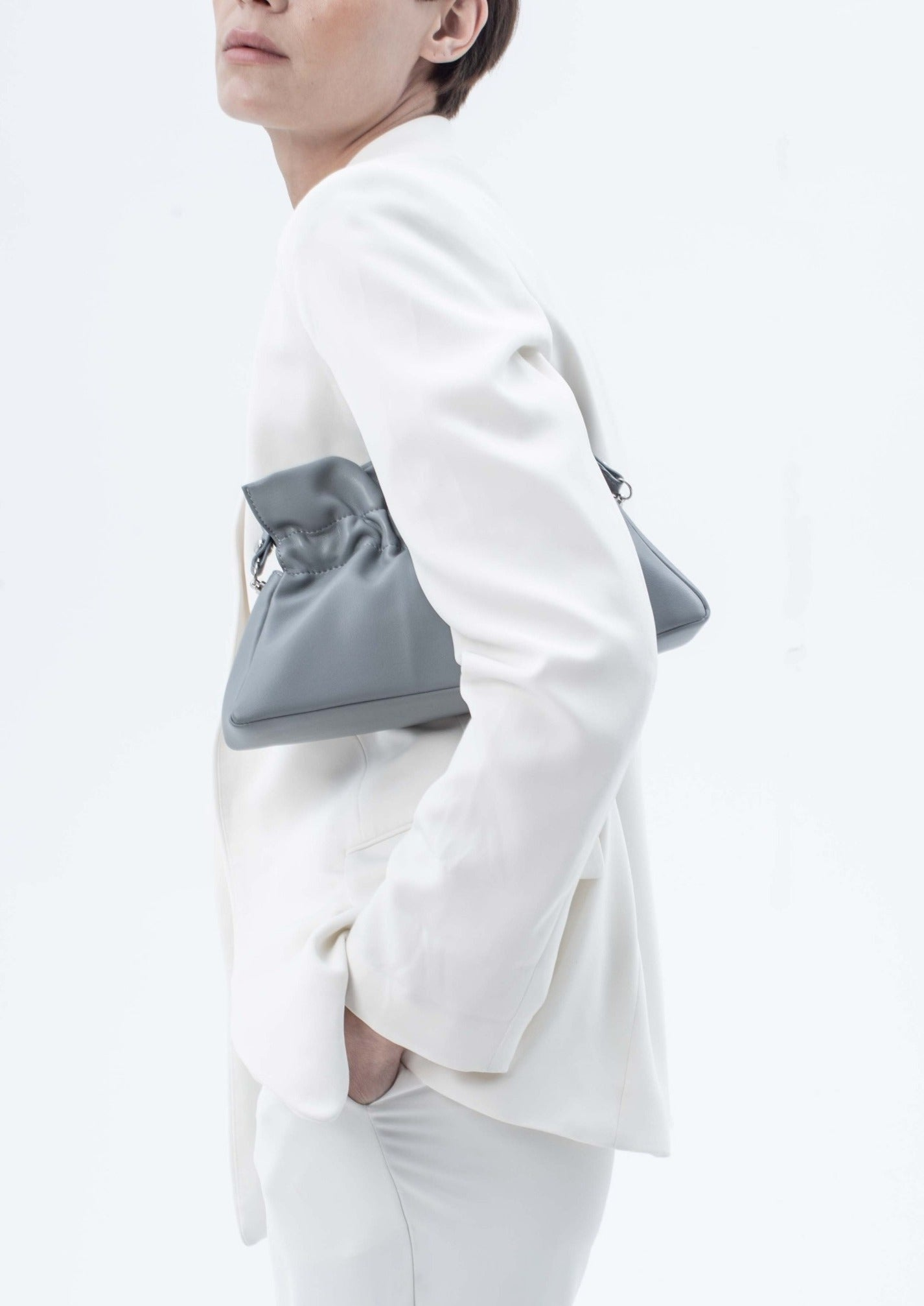 Mila Bag in smooth leather, Haze Blue