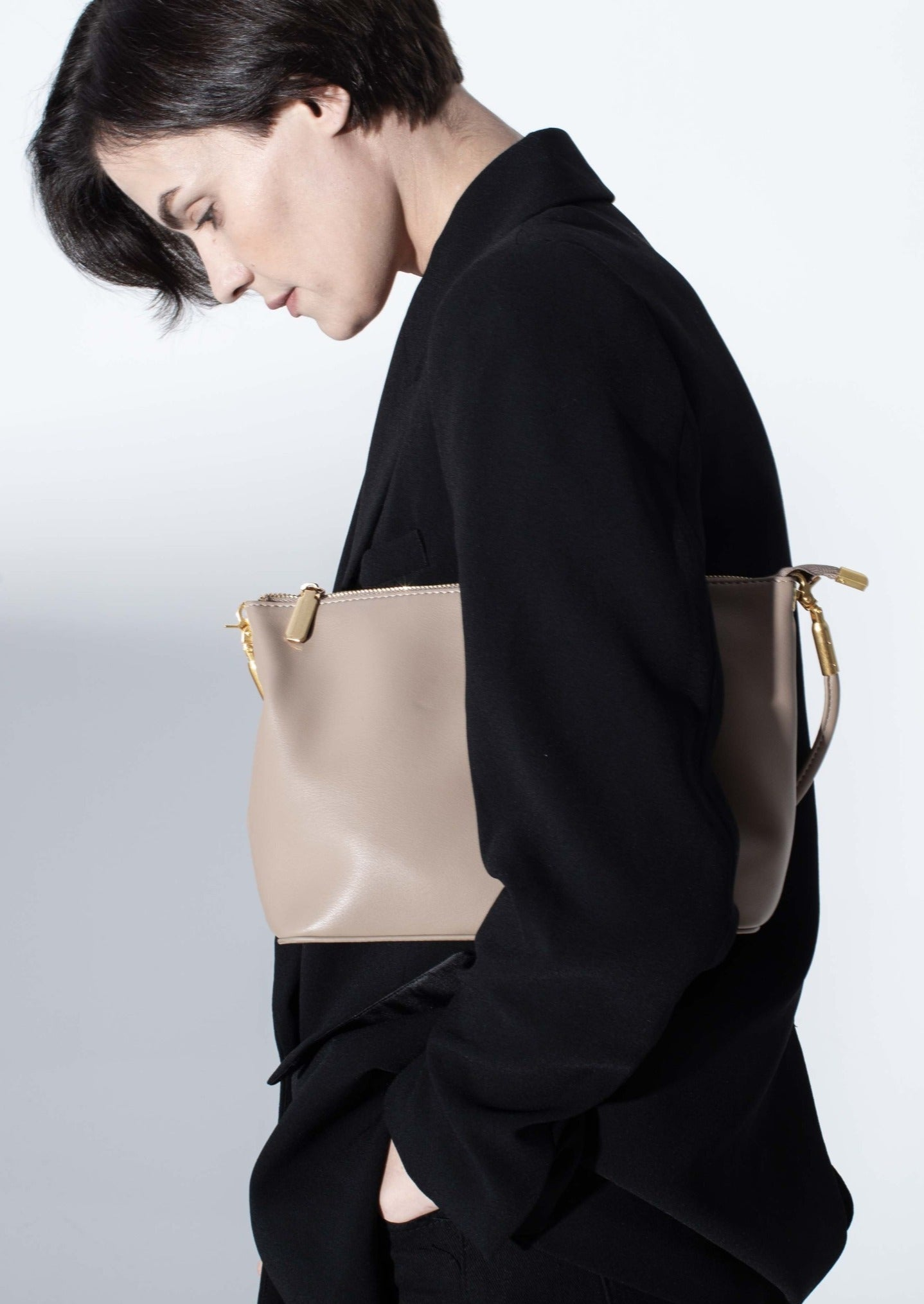 Aubrey Bag in smooth leather, Khaki