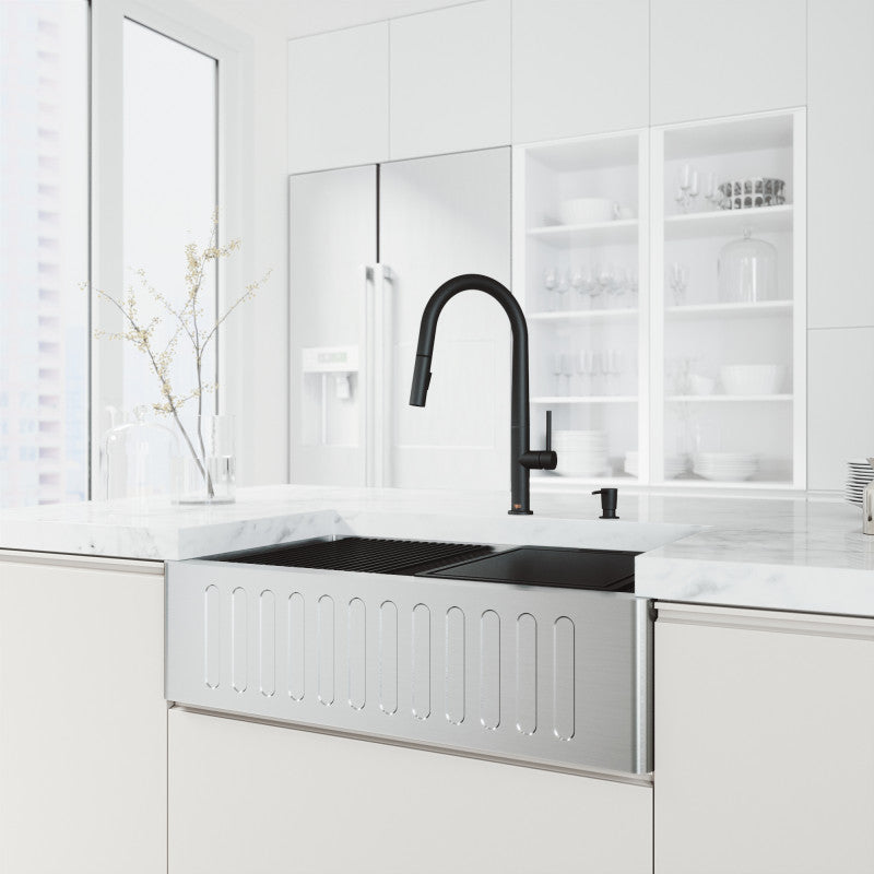 "VIGO Oxford Slotted Apron Front Stainless Steel Farmhouse Kitchen Sink with Accessories 33""L x 20 1/2""W - LUXLLEY"