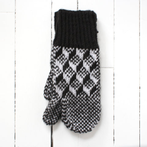 Black and grey trigger mitt with traditional pattern