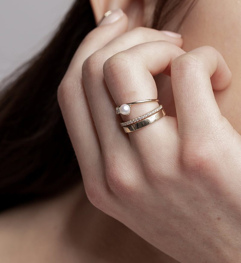 Floating Pearl Ring 04