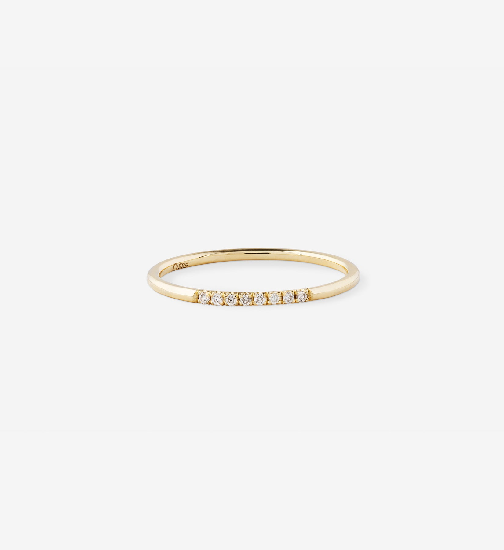 OUVERTURE, Fine jewelry, 14K gold, diamonds, golden ring, diamond ring, golden earring, diamond earring. Handcrafted jewelry. Designed in Berlin. Honestly priced. Demifine. Earparty. Stacking rings. Diamond Huggie, Huggie earring, golden huggie earring diamond line ring 0.04