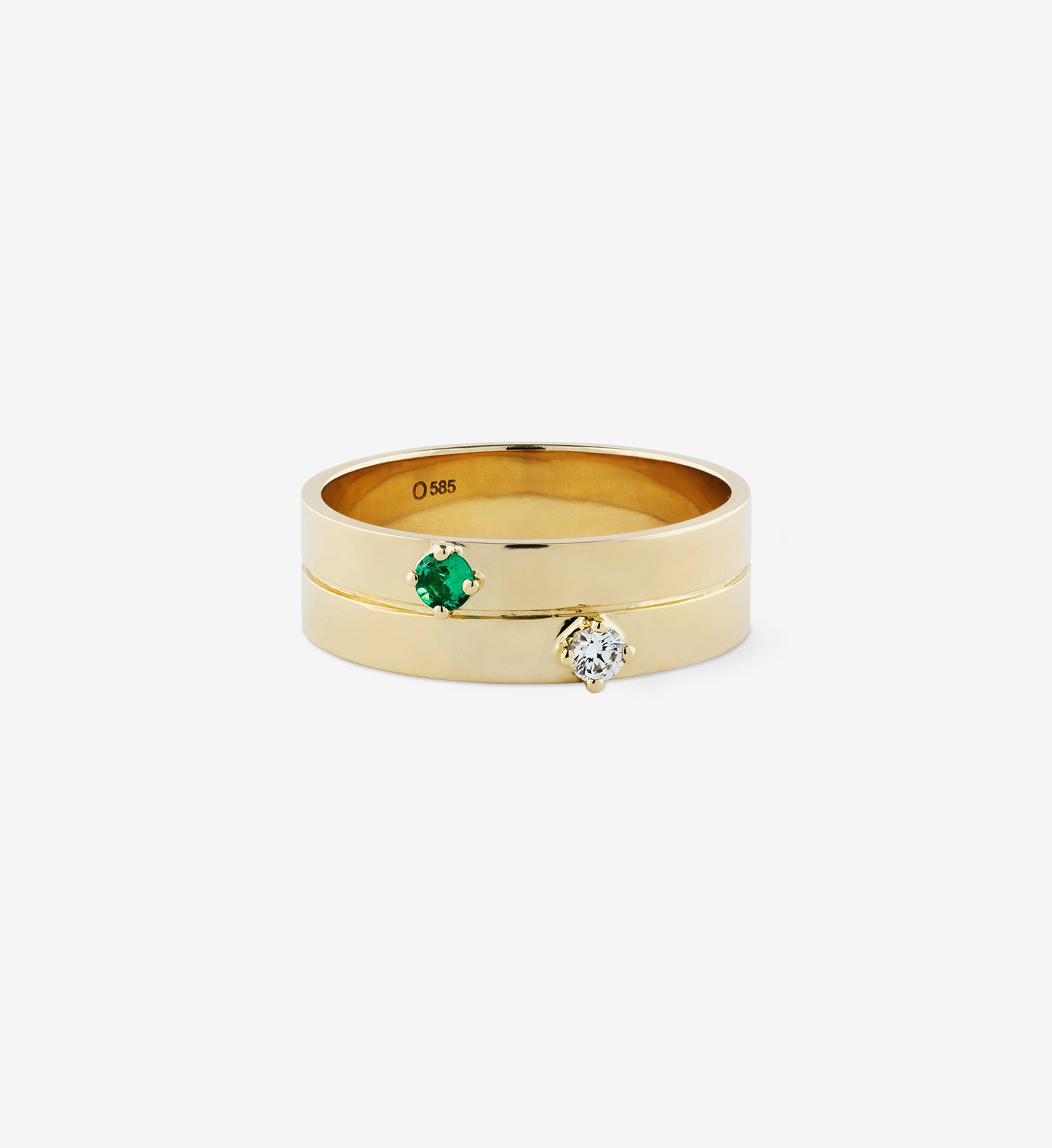 OUVERTURE, Fine jewelry, 14K gold, diamonds, golden ring, diamond ring, golden earring, diamond earring. Handcrafted jewelry. Designed in Berlin. Honestly priced. Demifine. Earparty. Stacking rings. Diamond Eternity Ring, Eternity ring. Engagement ring. Wedding band. Wedding ring. Emerald Diamond Ring 0.12