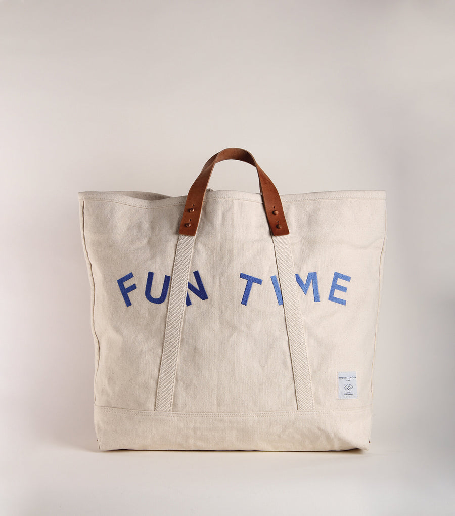 Large East West Tote