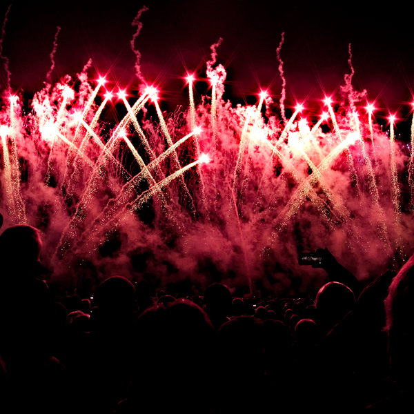 A Guide to NYE Fireworks Displays (and Festivals) Down Under