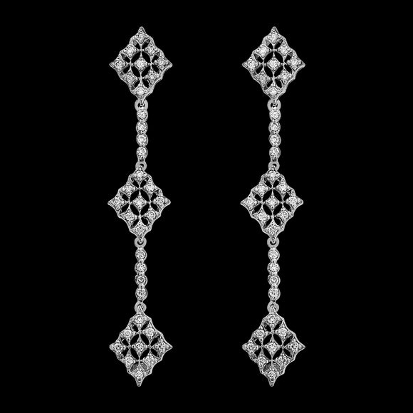 OC Forever 18K White Gold Vintage Charmante Earring with White Diamonds