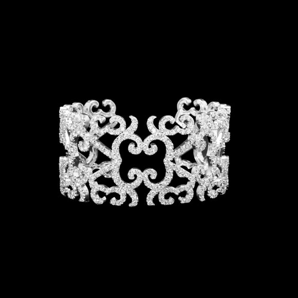 OC Vintage 18K White Gold Bracelet with White Diamonds