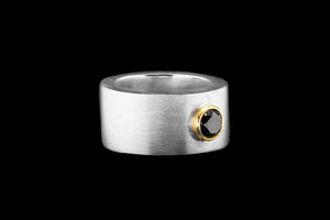 OC Men's 18K Brushed White Gold Ring with White Diamond