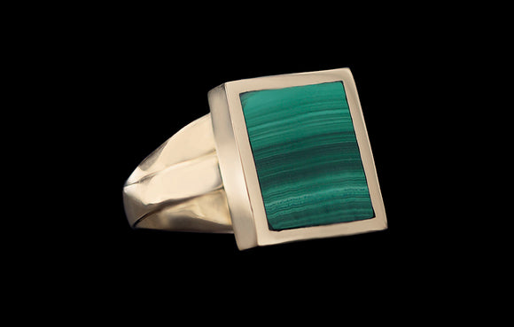OC Men's 18K Yellow Gold Square Ring with Green Malachite