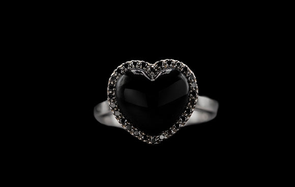 OC Romance 18K White Gold Small Ring with Onyx and Black Diamonds