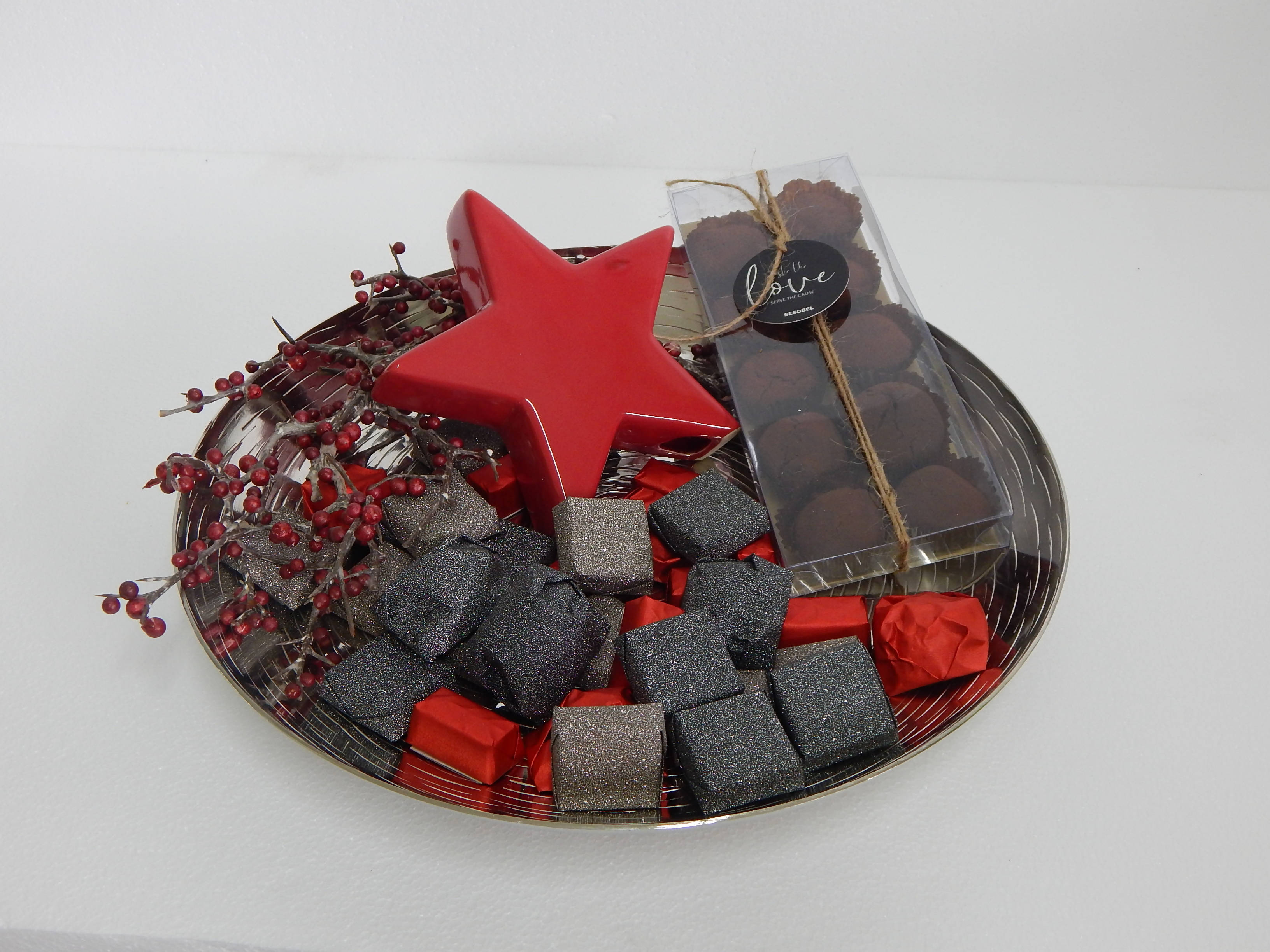 Metal plate chocolate