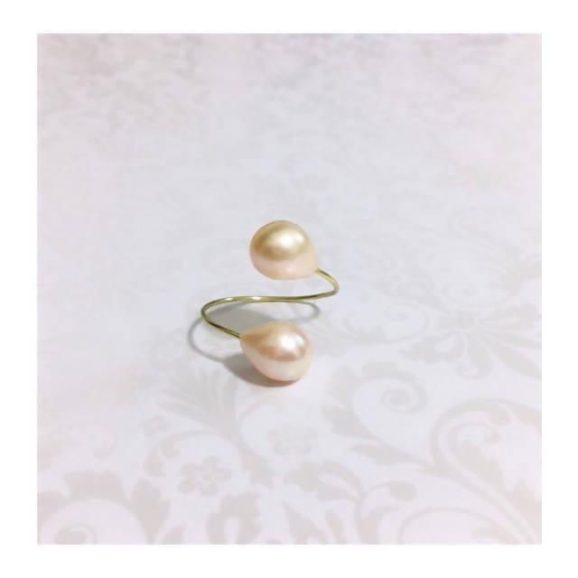 Loulicious Rose Pearl Ring