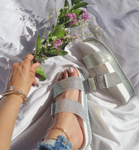 Load image into Gallery viewer, Emarie Platform Sandals