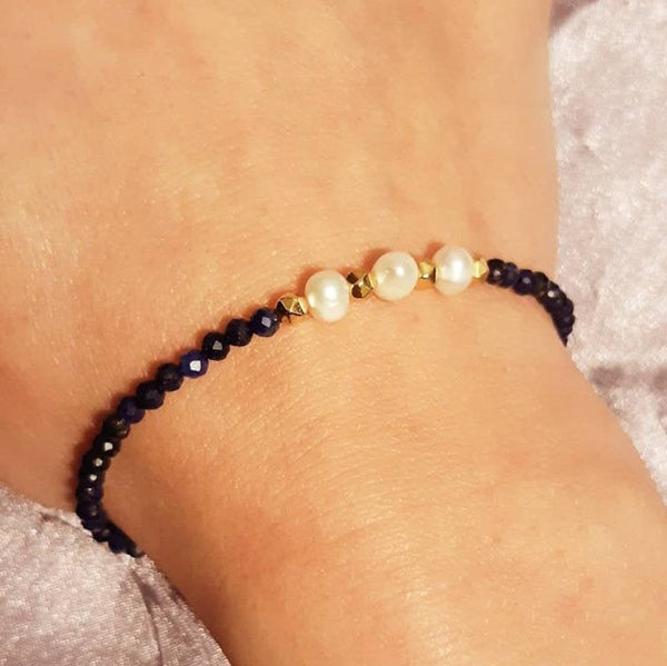 Handmade Freshwater Pearls Bracelet for women with Hematite & Lapis Lazuli