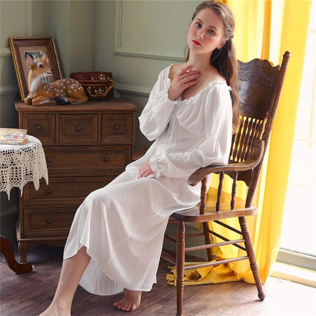 Long White Cotton Sexy V Neck Sleep Wear Night Shirt Home Dress Vintage Nightgown Princess Sleepwear 2019 Ladies Nightdress T350
