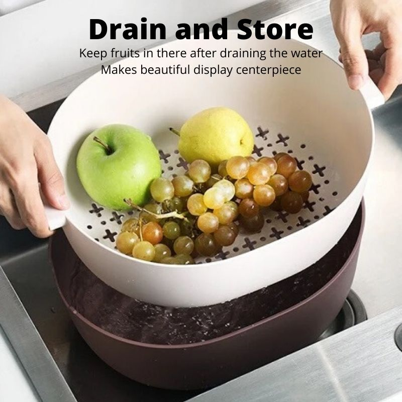 Person demonstrating how to drain fruits using the large double layer colander