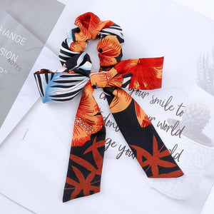 Satin scrunchie with detachable ribbon, orange black color